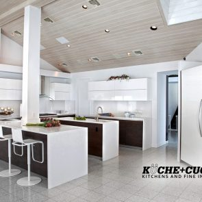 6-Caesarstone-Frosty-Carrina-Counters-with-Waterfalls
